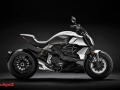 Ducati-Diavel-2019-001