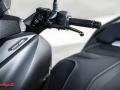 Yamaha-XMAX-IRON-009