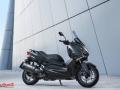 Yamaha-XMAX-IRON-014