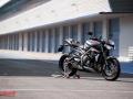 Triumph-Street-Triple-RS-23
