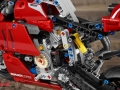 Ducati-Panigale-V4R-Lego-011
