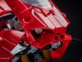 Ducati-Panigale-V4R-Lego-015
