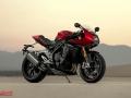 Speed-Triple-1200-RR_MY22_27A0049-5_ML