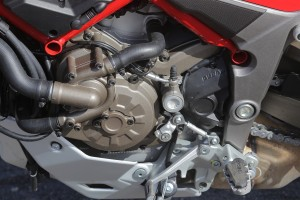 21-Multistrada_1200_static_36