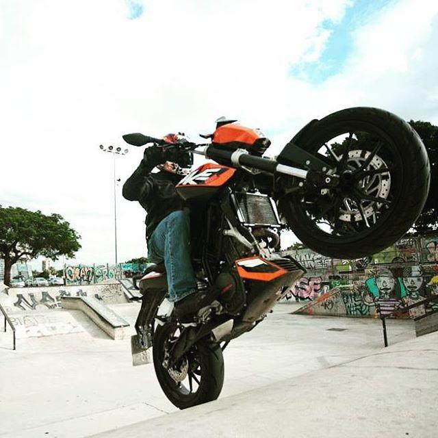 KTM DUKE 200 ktm ktmduke200 ktmduke duke duke200 readytorace wheeliehellip