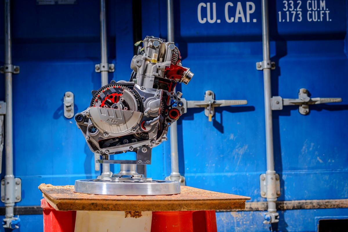 מנוע חדש לחלוטין ל-250SX-F