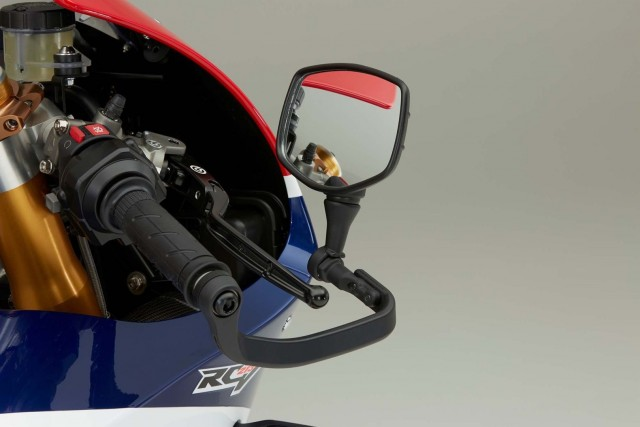 at-188000-honda-rc213v-s-is-utterly-disappointing-with-159-hp-in-stock-trim-photo-gallery_4