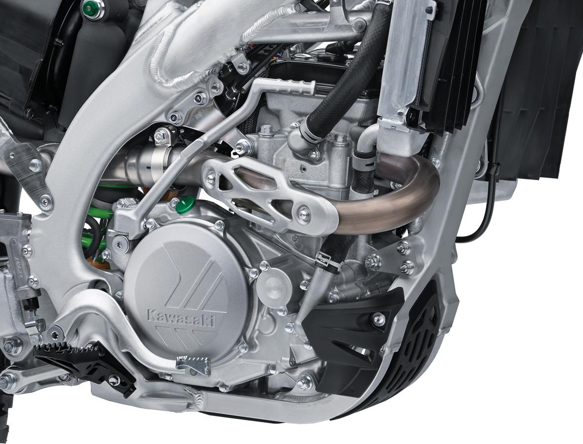 המנוע נבנה מחדש והוא קל וחזק יותר