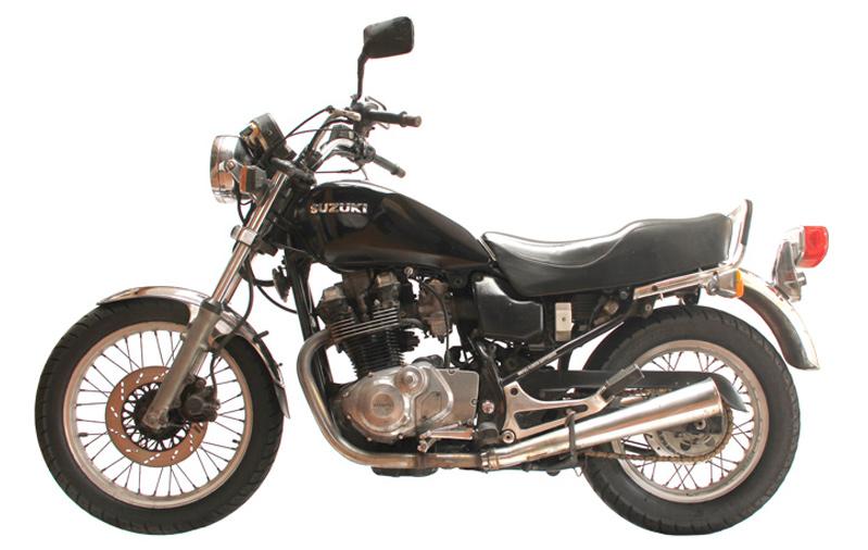 סוזוקי GR650
