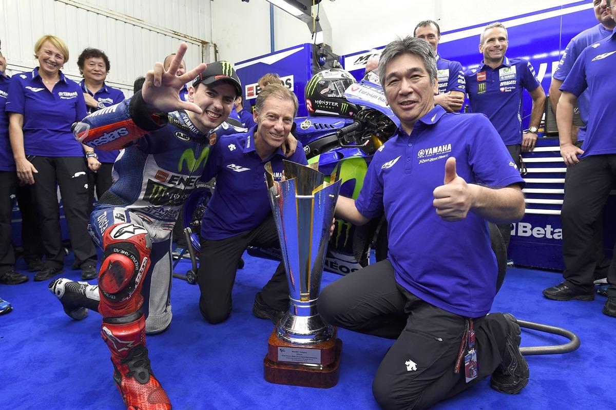 לורנזו זוכה באליפות העולם 2015