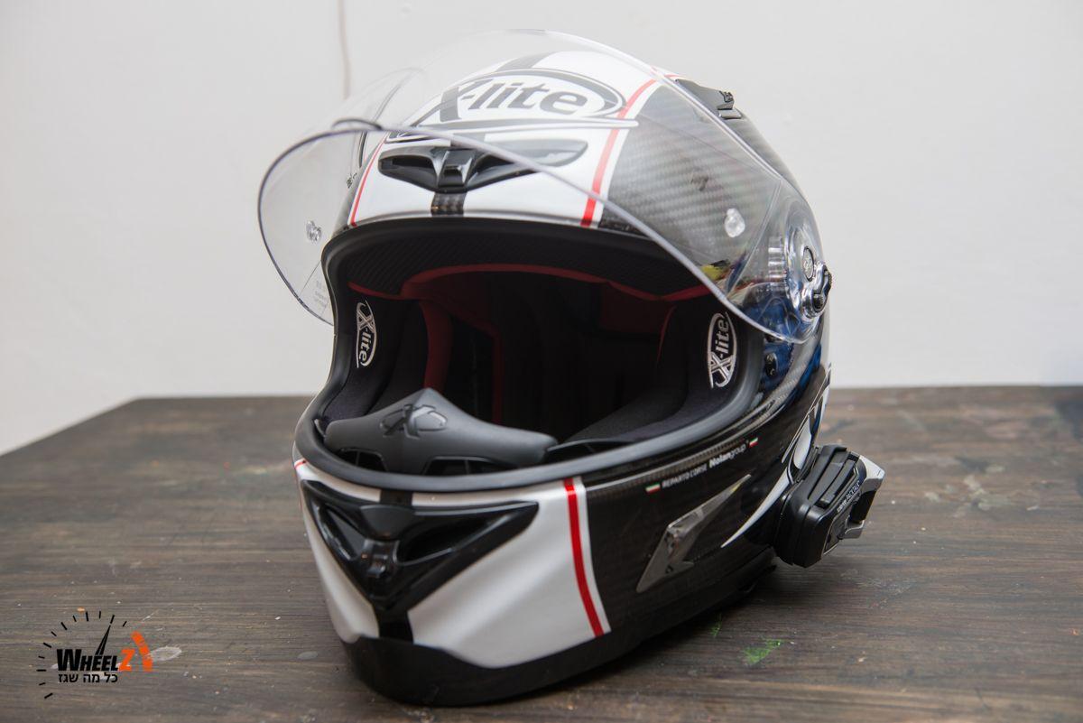 X-lite X802R Ultra Carbon MotoGP