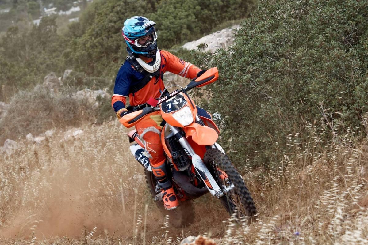 גב סלע במרוץ אנדורו בישראל; צילום: אייל מור