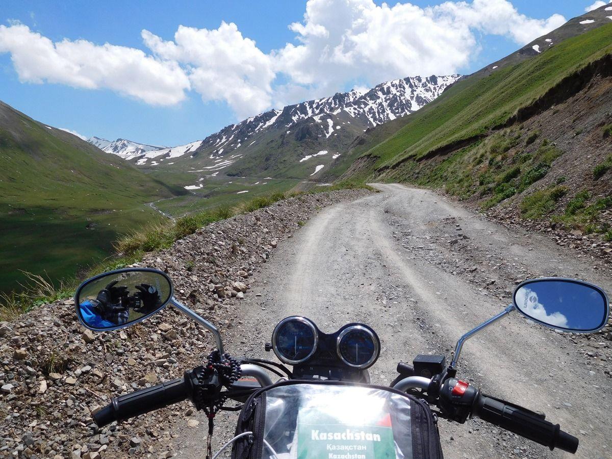 נופים עוצרי נשימה ודרכים משובשות (בקירג'יסטן)