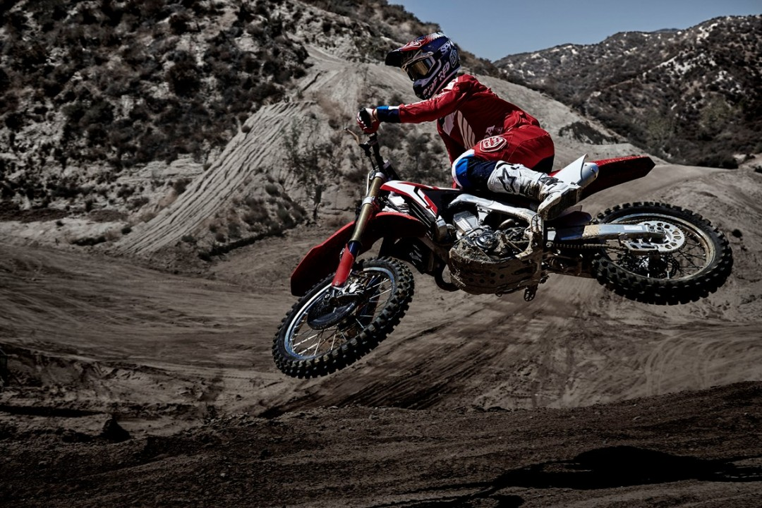 CRF450R Action 3