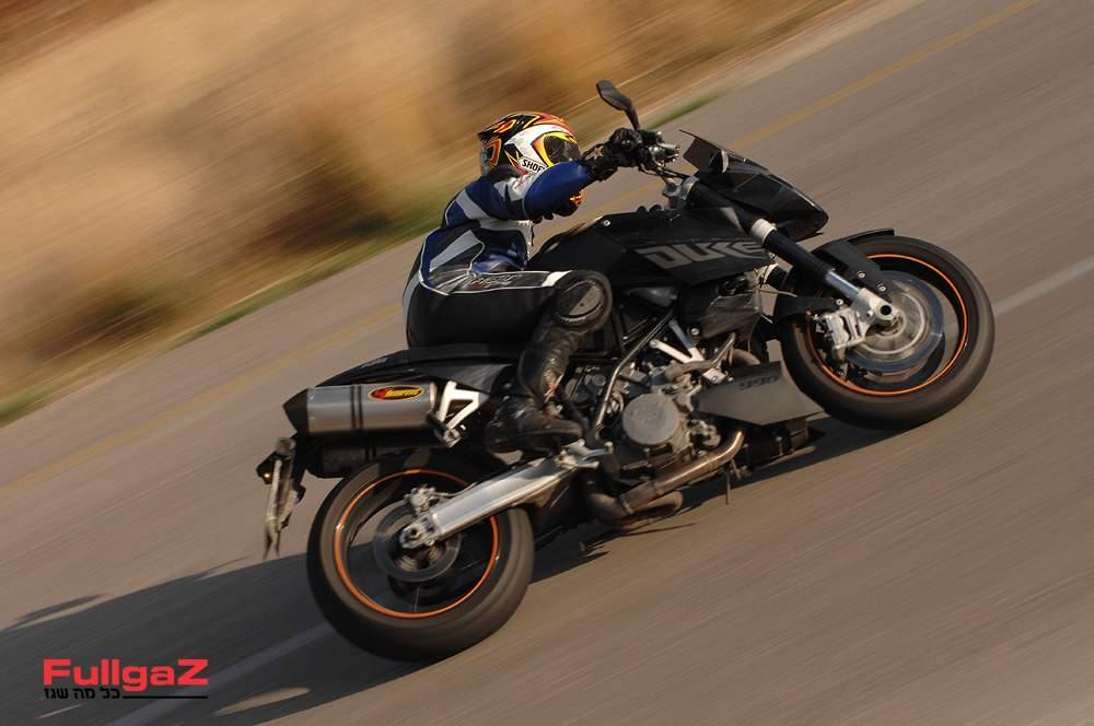 אופנוע הכביש הראשון של ק.ט.מ