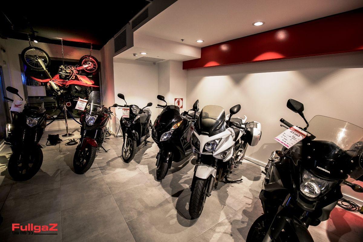 Honda-New-Store-001