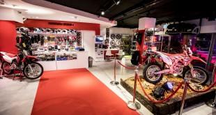 Honda-New-Store-003