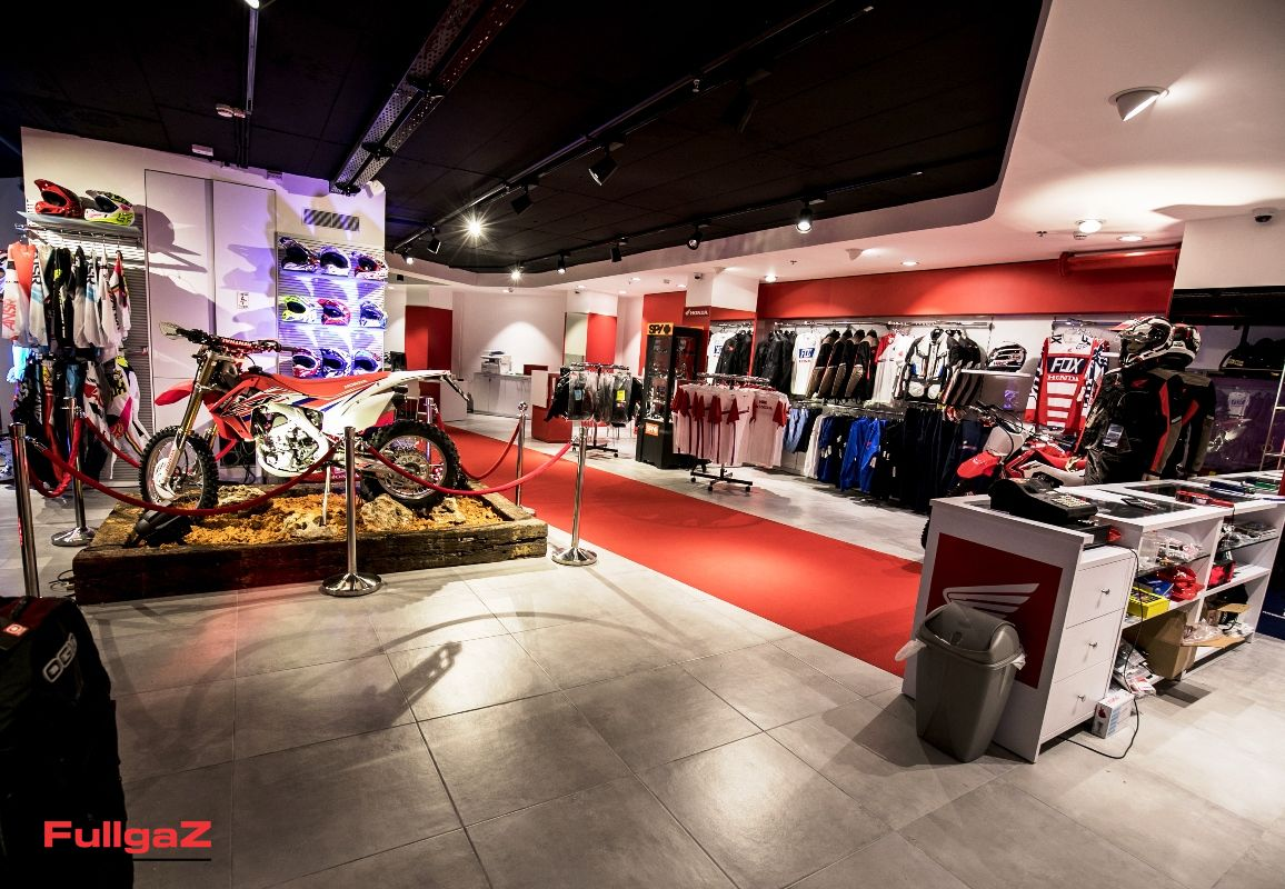 Honda-New-Store-004