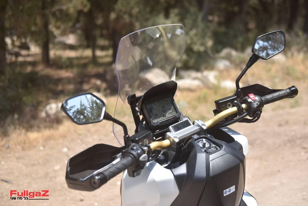 Honda-X-ADV-008