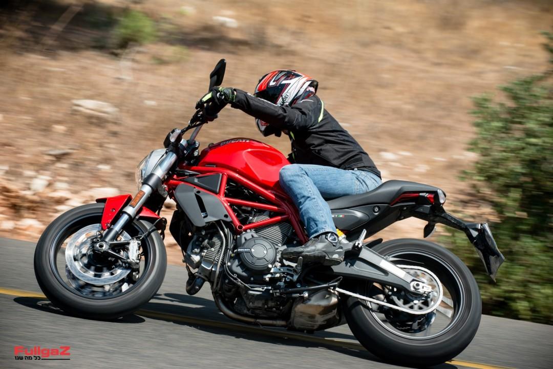 Ducati-Monster-797-025