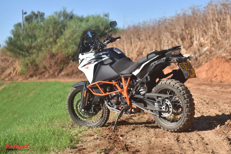 KTM-Adventure-1090R-003