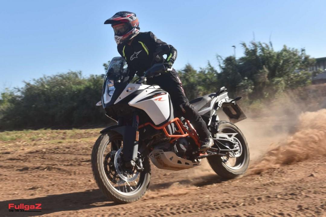 KTM-Adventure-1090R-007