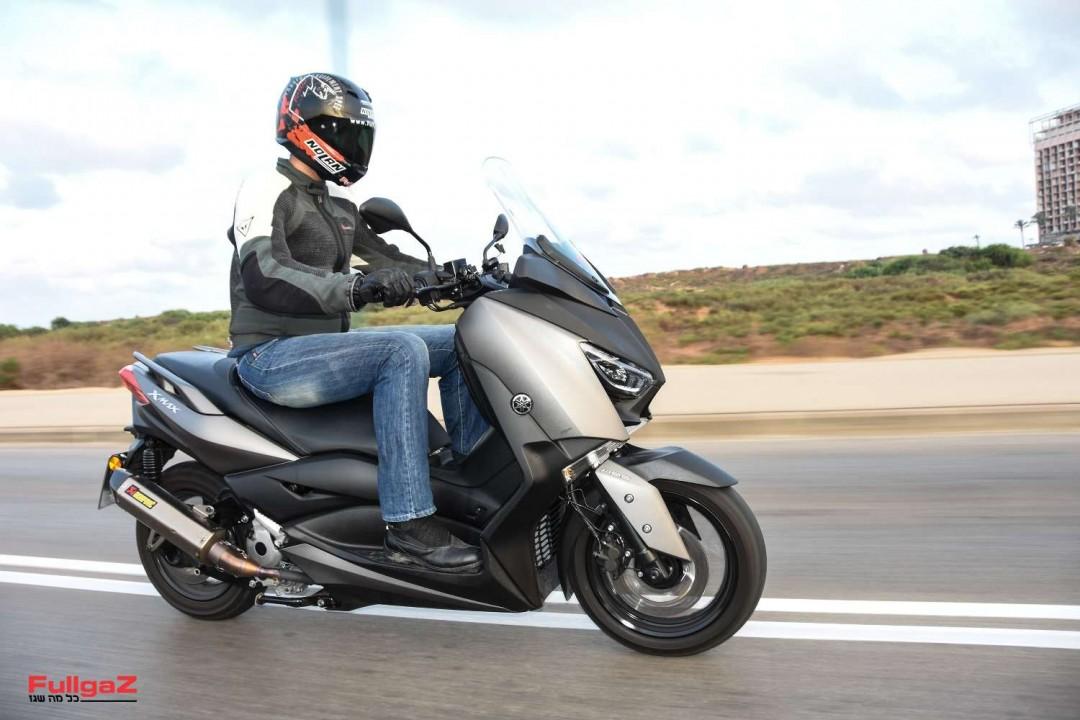 Yamaha-XMAX300-008