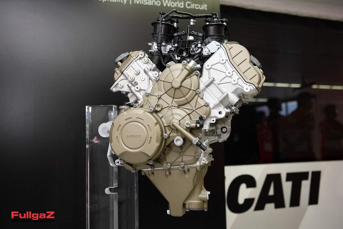 """מנוע ה-V4 החדש של דוקאטי - 210 כ""""ס!"""