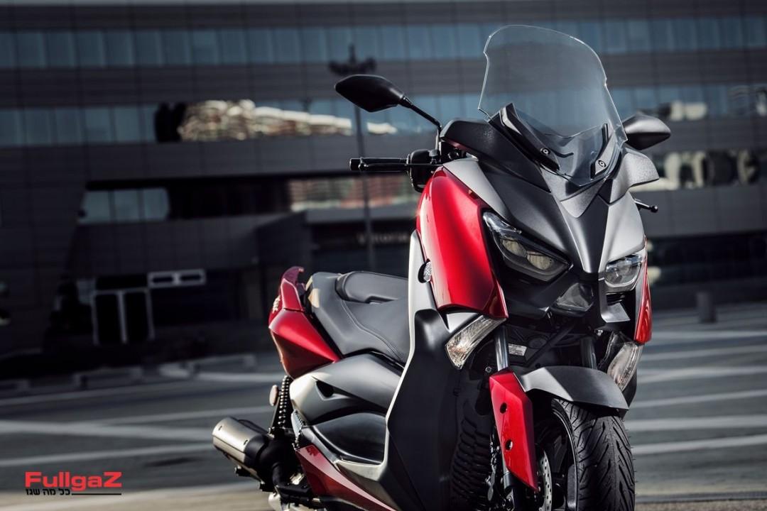 Yamaha-XMAX125-003