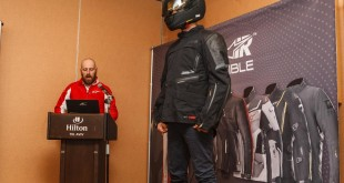 Alpinestars-Tech-Air-006