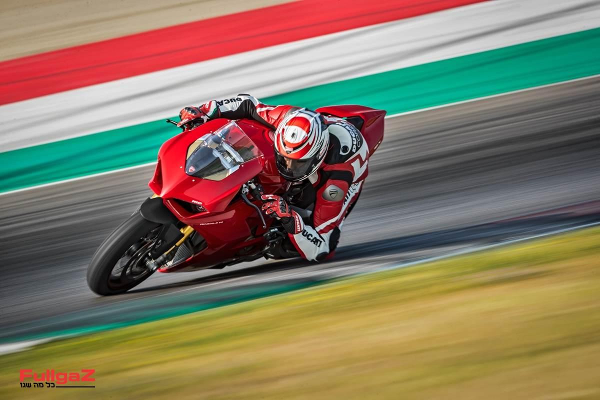 Ducati-Panigale-V4-Full-Milan-015