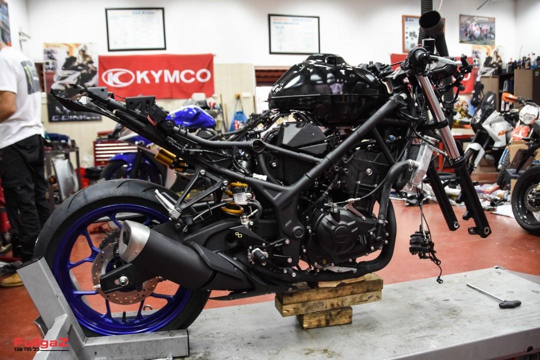 Yamaha-YZF-R3-Racing-092