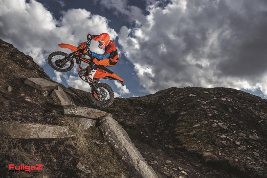 KTM-EXC-2019-004