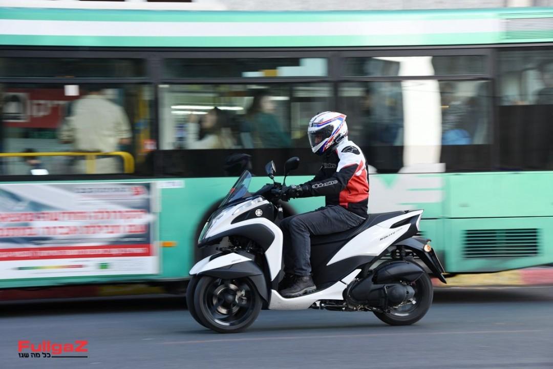 Yamaha-Tricity-155-012