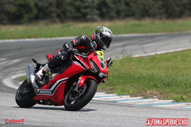 האופנועים: הונדה CBR1000RR ו-CBR600RR