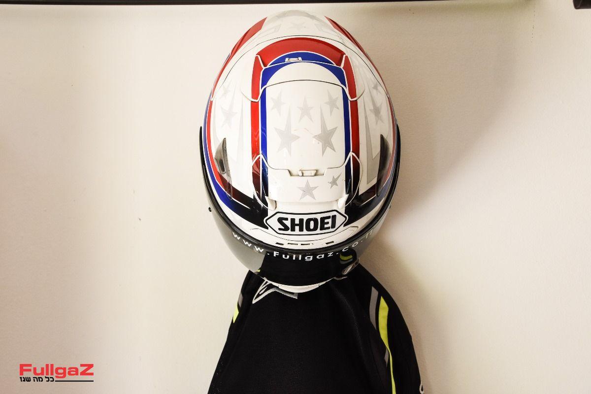 Helmet-Hanger-025