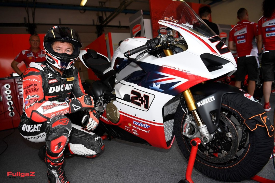 Panigale V4S-Champions-Race-008