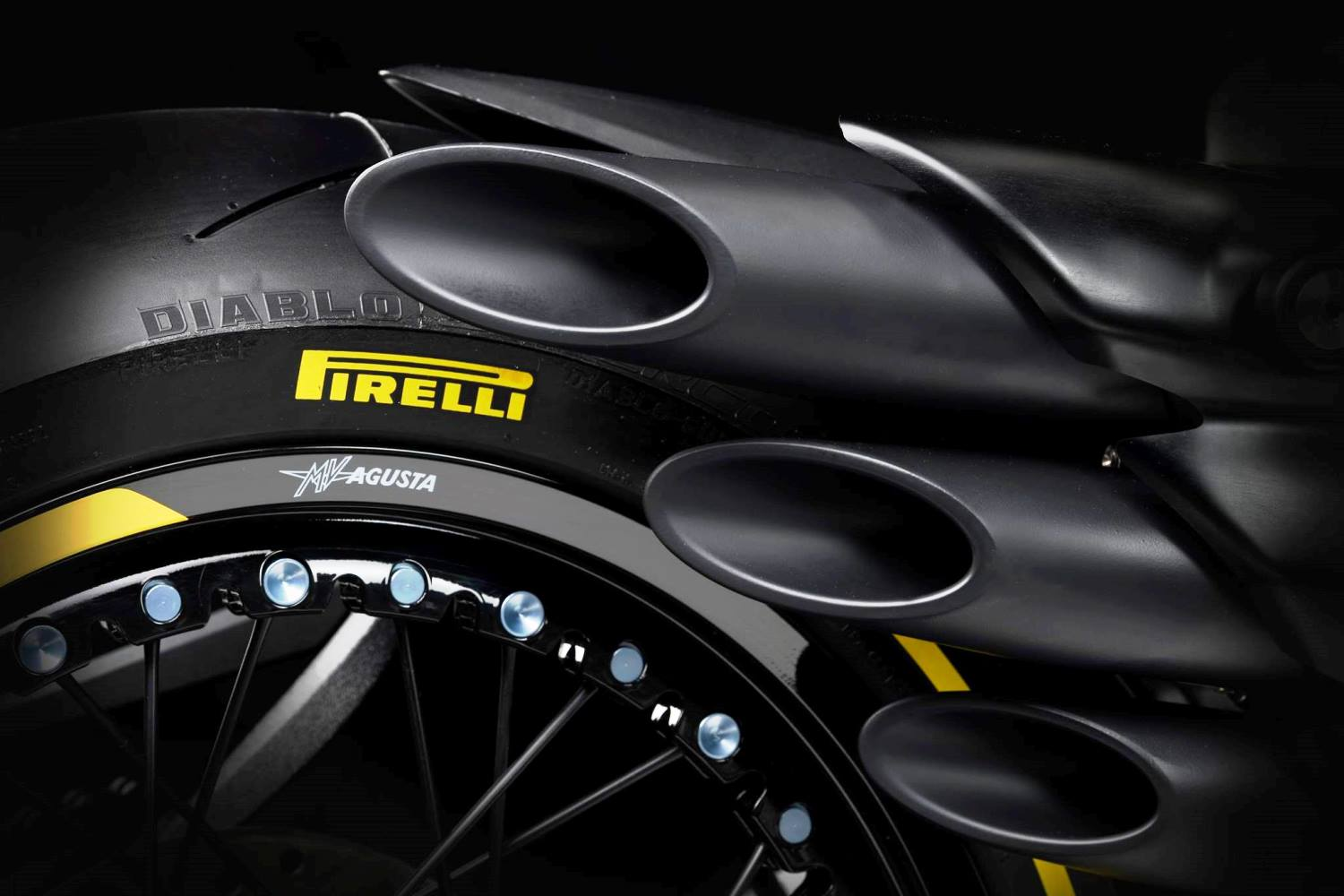 Dragster-RR-Pirelli-2019-004