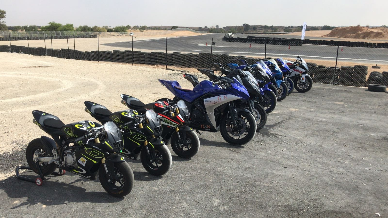 אופנועי המרוץ של בית הספר הישראלי לסופרבייק