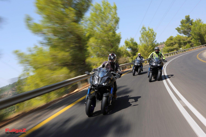 כן, באופנוע!
