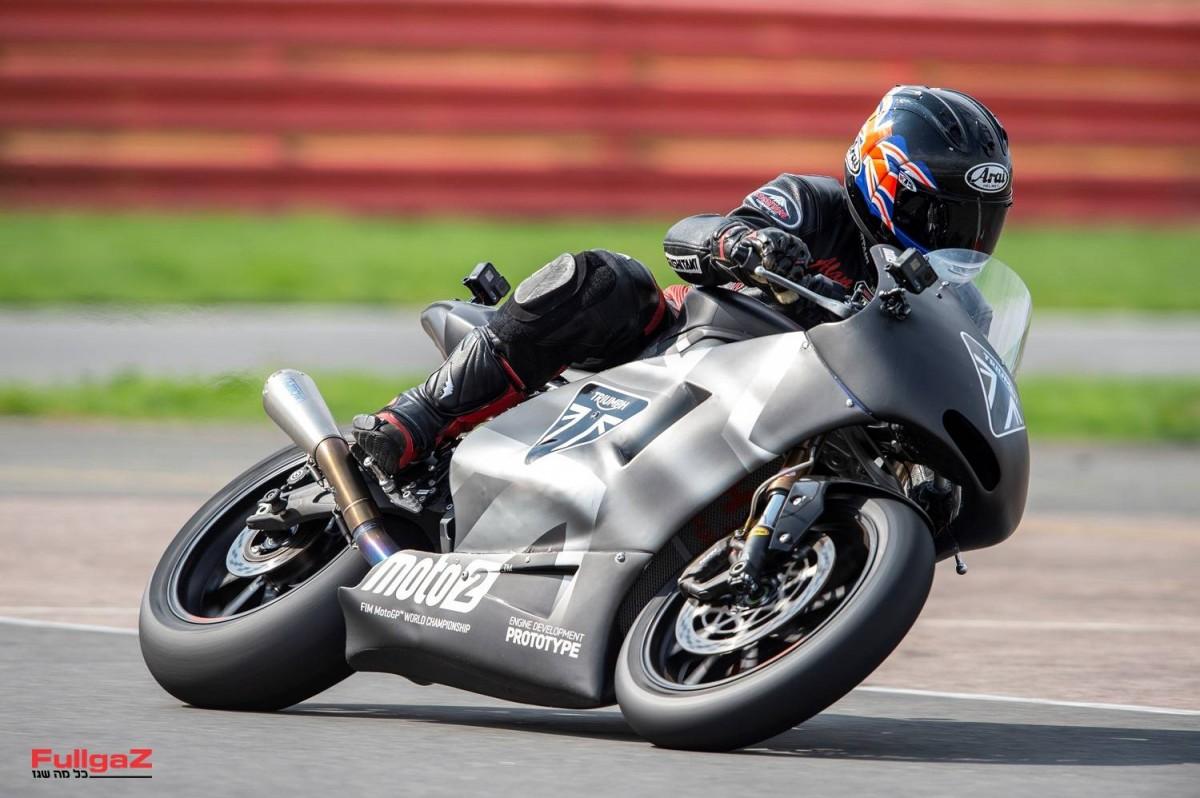 Triumph-Moto2-Prototype-021