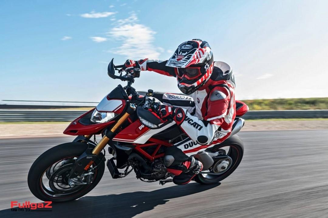Ducati-Hypermotard-950-019