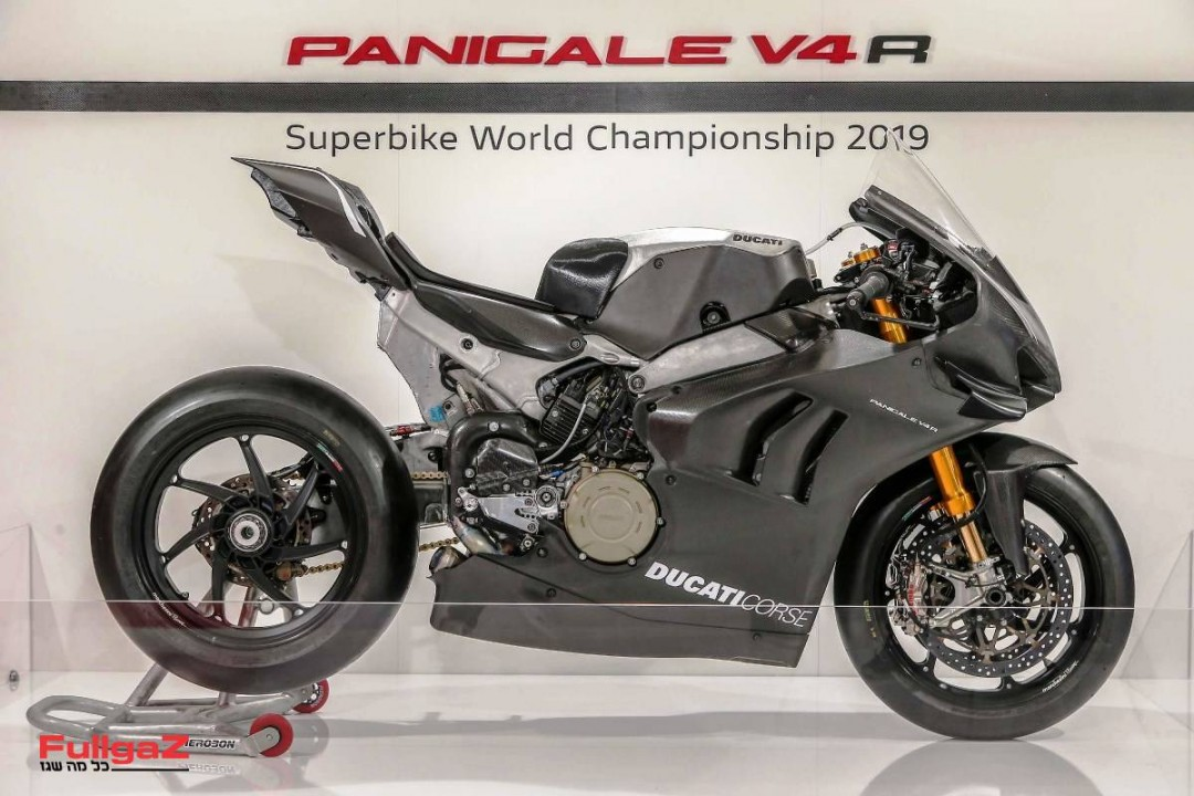 Ducati-Panigale-V4-RS19-004