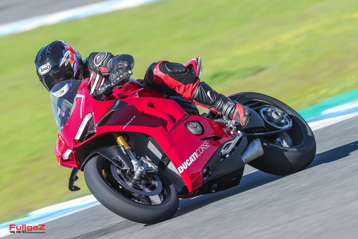 Ducati-Panigale-V4R-Launch-015