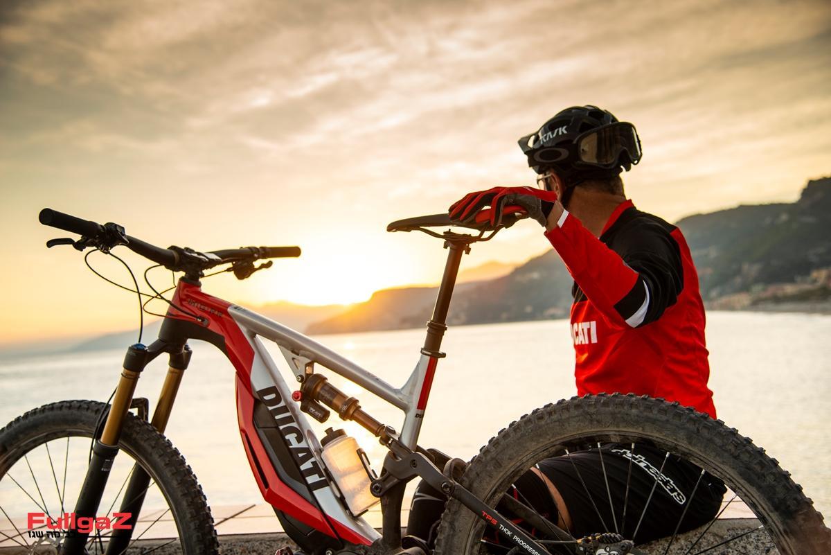 Ducati-E-MTB-002