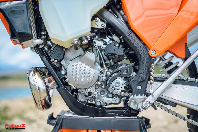 """מנוע 150 סמ""""ק מוזרק דלק TPI - מותאם לאנדורו"""