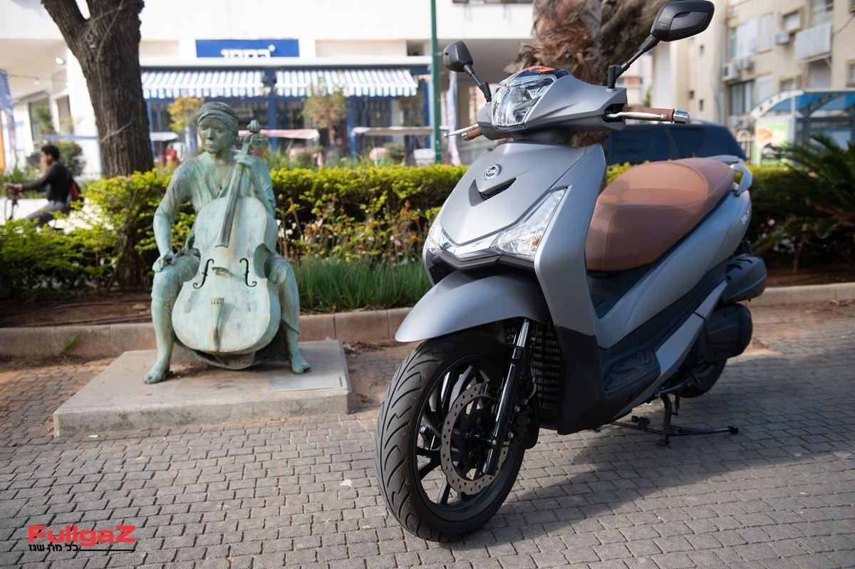 סאן-יאנג HD300i - קטנוע גלגלים גדולים חדש של סאן-יאנג