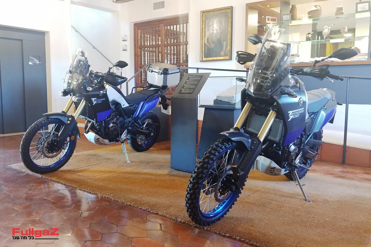 ימאהה טנרה 700 - מימין האבטיפוס, משמאל הגרסה הסדרתית