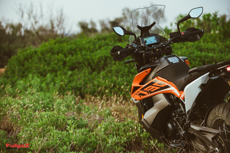 אופנוע טיולים עם יכולות השטח הטובות ביותר? האמנם?