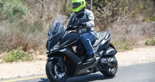 KYMCO-Xciting-400s-021